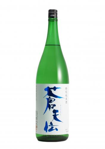 蒼天伝 特別純米酒 宮城県産の「蔵の華」を100%使用し、低温発酵でゆっくりと時間をかけて丁寧に醸した特別純米酒です。